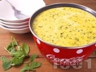 Свежа супа от сьомга, картофи, сметана и копър